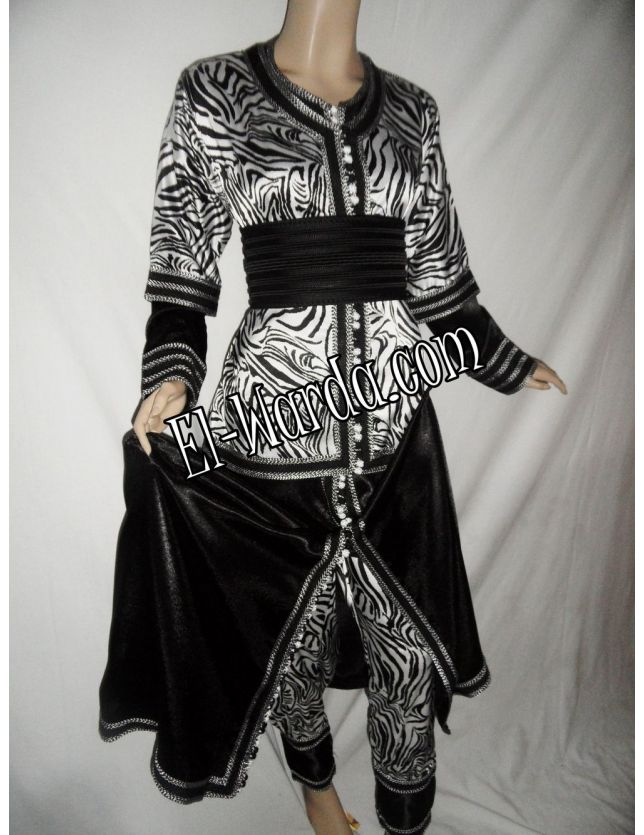 Takchita noir et blanc