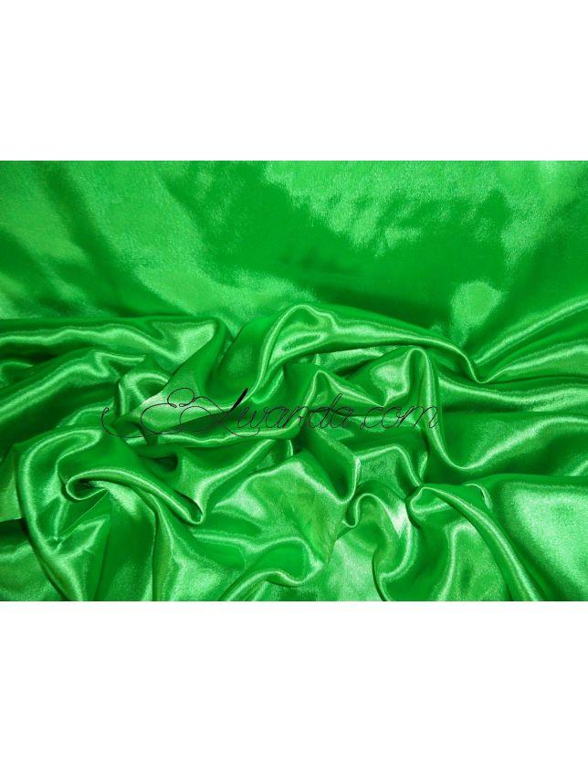 Tissu Satin de Soie / vert.